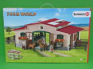 Schleich Farm World Stable ...with beautiful horses